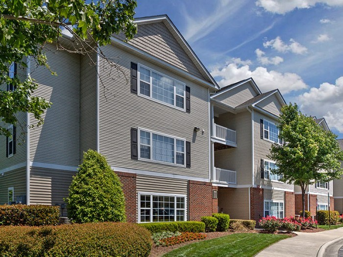 Abberly Grove apartments in Raleigh, North Carolina