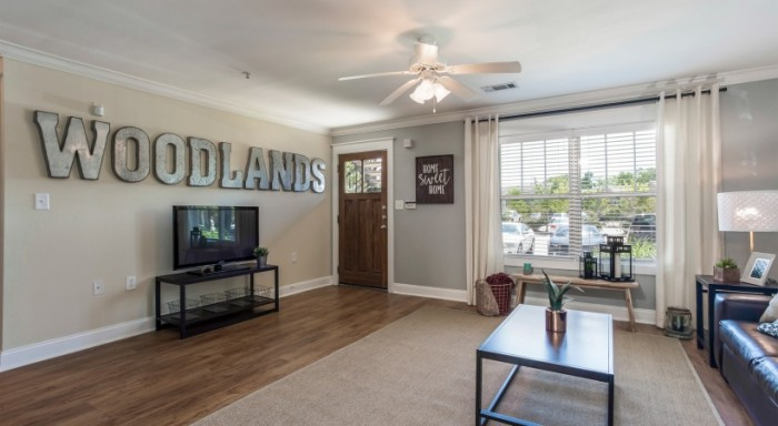 The Woodlands of College Station apartments in College ...