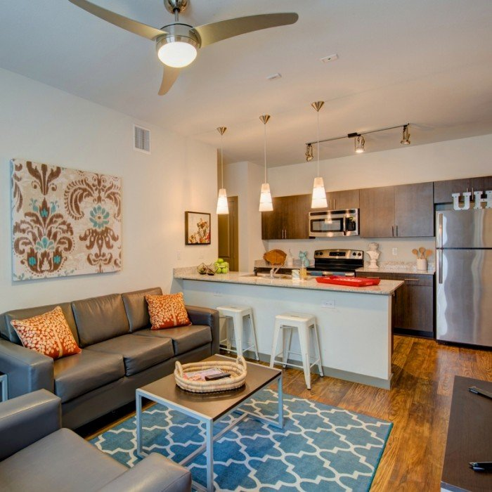 Houston Texans Apartments: Campus Vue Apartments In Houston, Texas