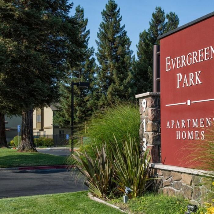 Evergreen Ridge Luxury Apartments On The River: Evergreen Park Apartments In Sacramento, California