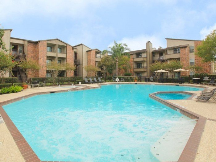 Lakes Of 610 apartments in Houston, Texas