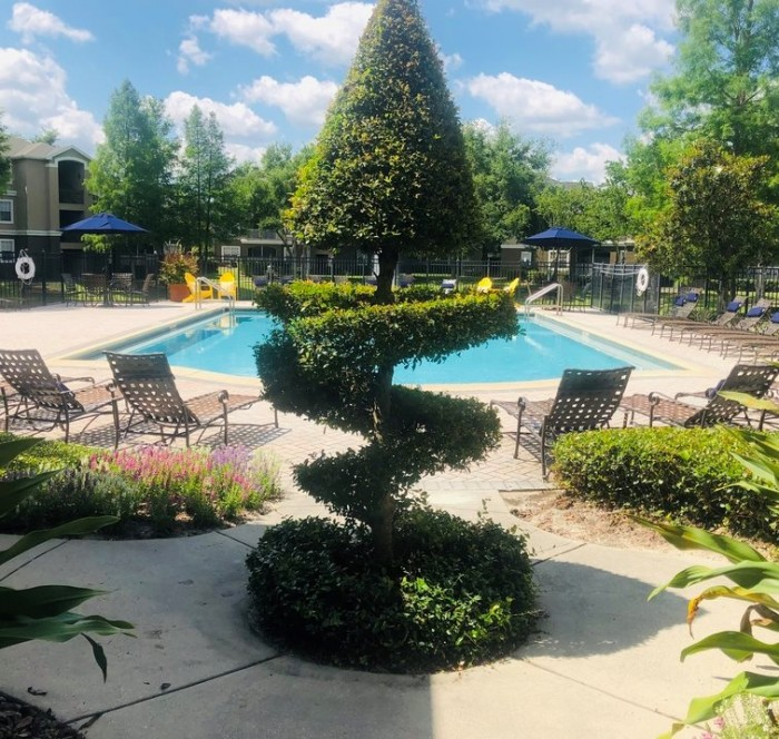 Oviedo Apartments: Elmhurst Village Apartments In Oviedo, Florida