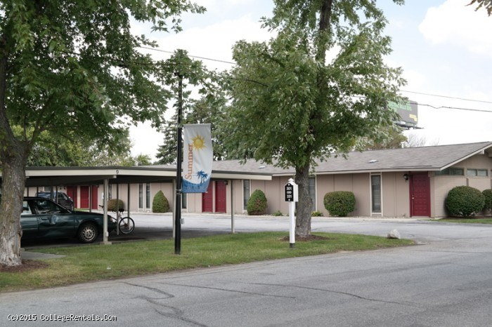 Coldwater Crossing apartments in Fort Wayne, Indiana