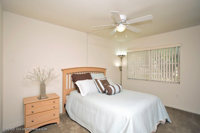 Spanish Trace Apartments In Gainesville Florida