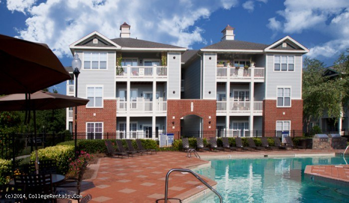 Camden Governors Village apartments in Chapel Hill, North Carolina