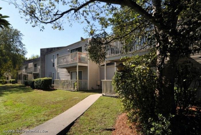 Shandon Crossing Apartments In Columbia South Carolina