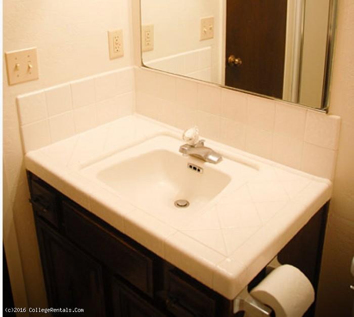 Clovis Luxury Apartments
