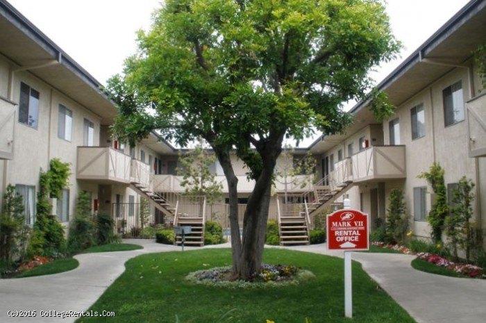 Mark vii apartments in tustin california for 3 bedroom apartments in tustin ca