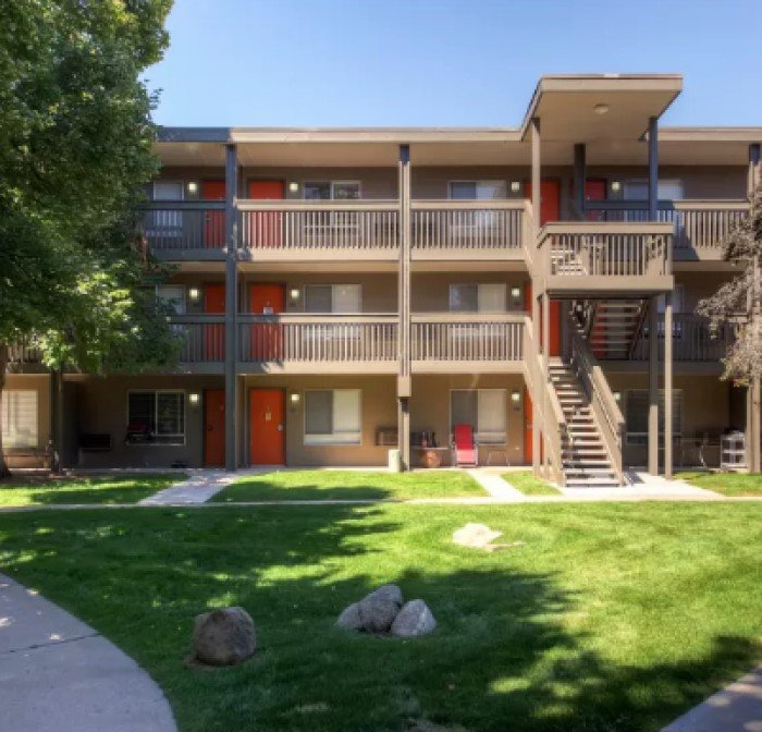 One Bedroom Apartments In Denver Colorado: 3300 Tamarac Apartments In Denver, Colorado