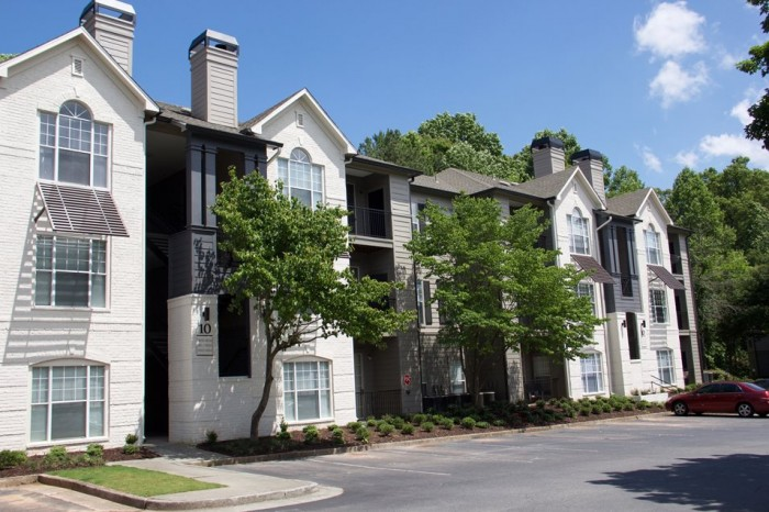 Wesley ST James Apartment Homes apartments in Atlanta, Georgia