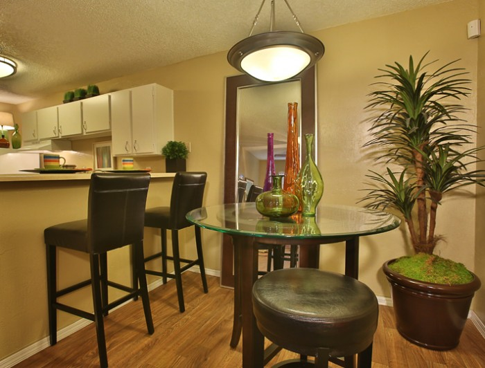 willowick apartments in college station texas. Black Bedroom Furniture Sets. Home Design Ideas