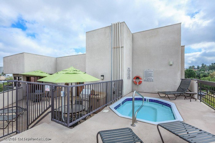 Ivy apartments in Sherman Oaks, California