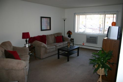 university manor apartments in cedar falls iowa
