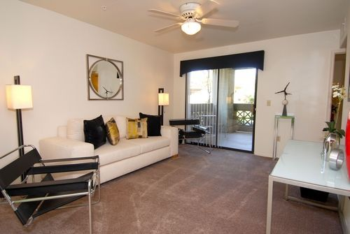 The palms on scottsdale apartments in tempe arizona for 3 bedroom apartments in scottsdale