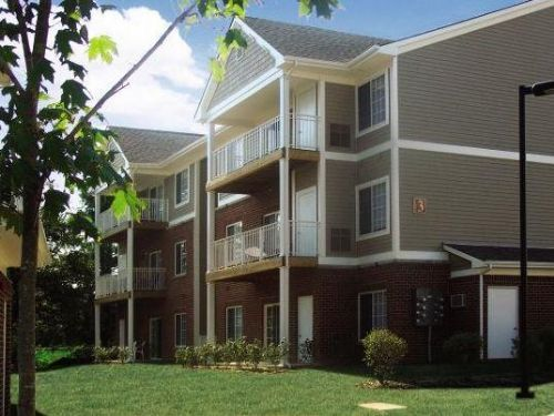 Campus Court At Redmile Apartments In Lexington Kentucky