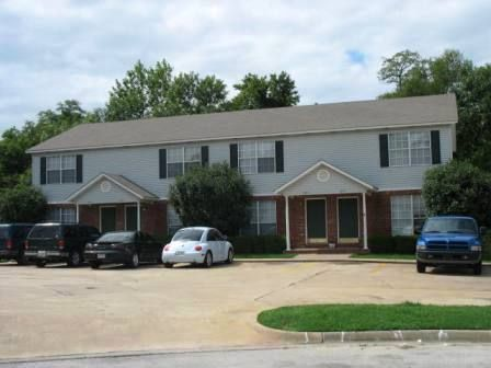 72701 Bedroom Apartments In Fayetteville Arkansas College Rentals