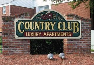 Country Club apartments in Eatontown, New Jersey