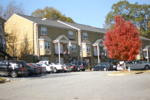 Whistlebury Condominiums