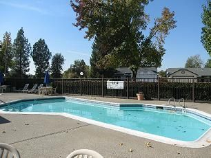Windsor Ridge apartments in Sacramento, California