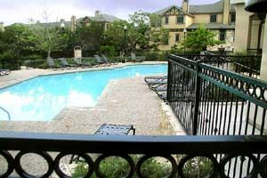 Monterone Canyon Creek apartments in Austin, Texas