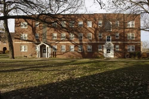 Windsor Terrace apartments in Des Moines, Iowa