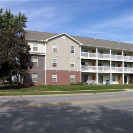 Walnut Place Apartments In Ames Iowa