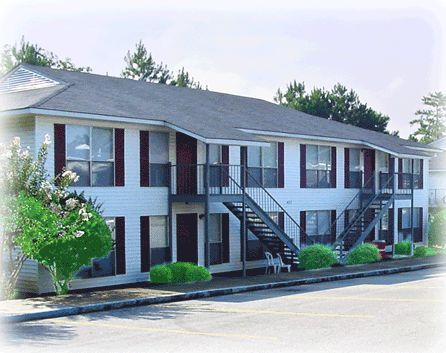 Willow Terrace apartments in Troy, Alabama