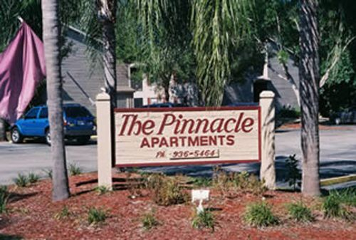 Pinnacle apartments in Fort Myers, Florida