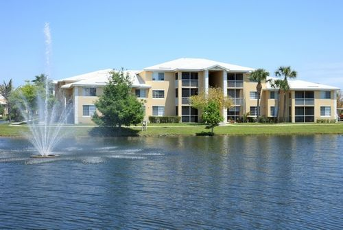 Promenade at Reflection Lakes apartments in Fort Myers, Florida