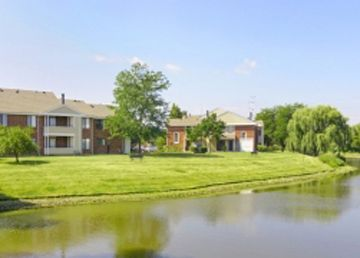 McDowell Place apartments in Naperville, Illinois