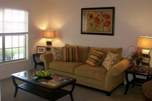 Altamonte Villa Apartments Ratings