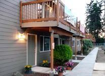 Village Monroe Apartments Milwaukie Oregon