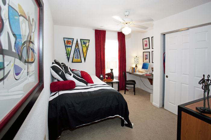Hilltop club apartments in bowling green kentucky for One bedroom apartments in bowling green ky