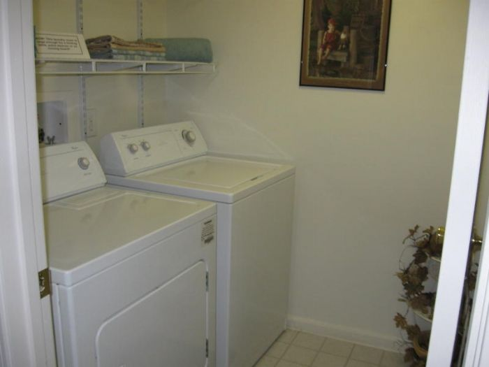 Washer/Dryer Available in Most Floor Plans