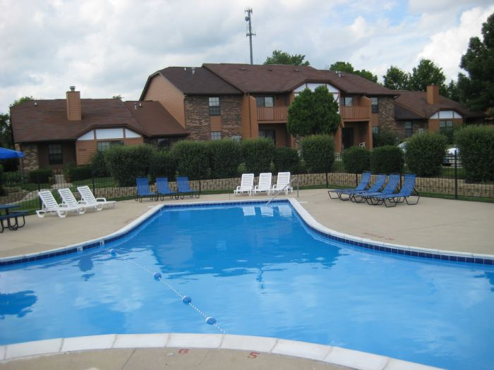 Summit Pointe Apartments In Bloomington Indiana