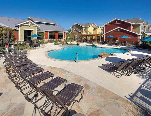 U Club Townhomes On Marion Pugh Apartments In College Station Texas