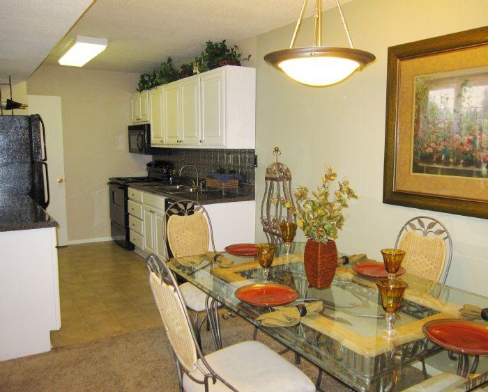 Crestview At Cordova Apartments In Pensacola Florida