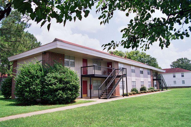 Fountain Square apartments in Tuscaloosa, Alabama