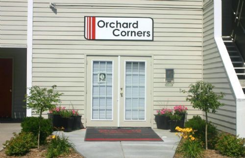 orchard corners apartments in lawrence kansas
