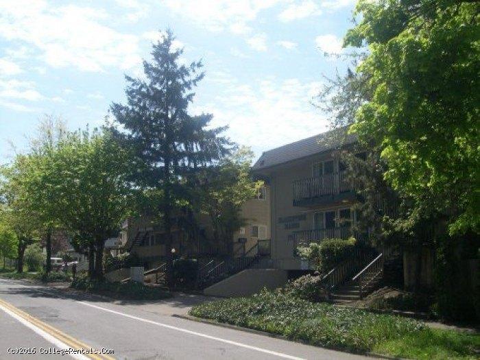 Blackstone Manor Apartments In Eugene Oregon