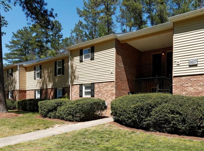 North Oaks Landing Apartments In Raleigh North Carolina