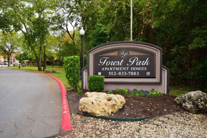 Forest Park Apartments In Austin Texas