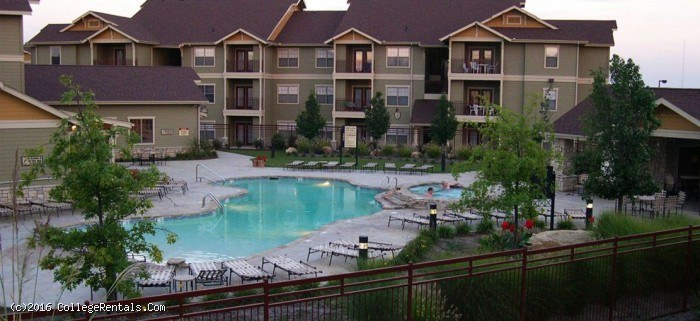 Legends Place Apartments In Lawrence Kansas