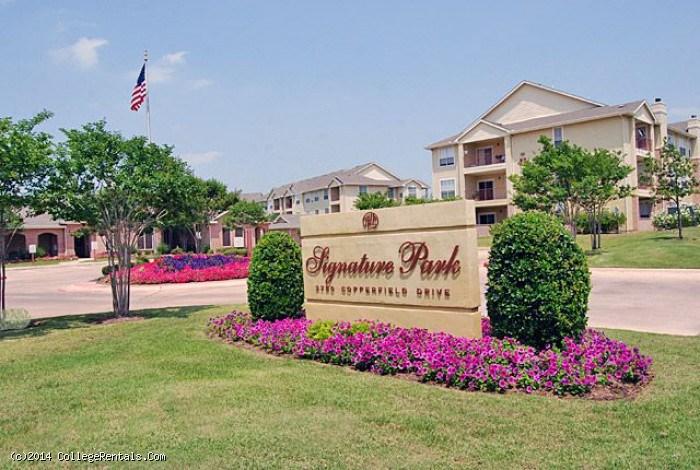Signature Park Apartments In Bryan Texas