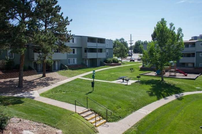 The Hudson Apartments In Denver Colorado