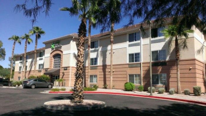 Windsor palms apartments in phoenix arizona for Small luxury hotels phoenix