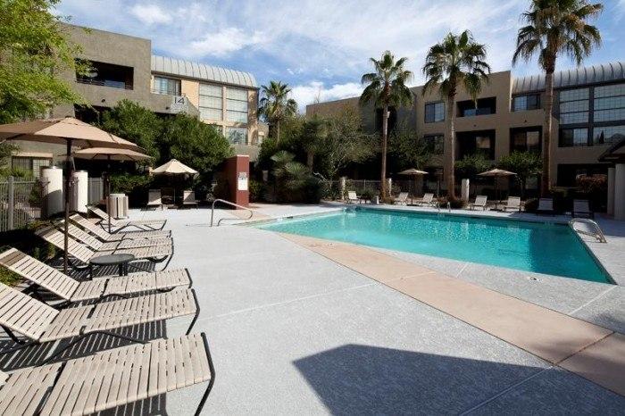 arioso city lofts apartments in phoenix arizona. Black Bedroom Furniture Sets. Home Design Ideas
