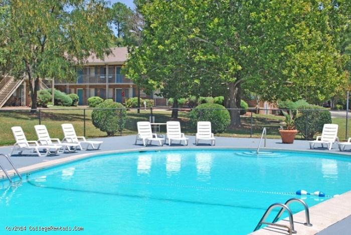 University Lake Apartments In Carrboro North Carolina