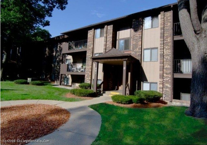 Lake Forest Apartments In Muskegon Michigan