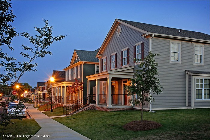 Tattnall place apartments in macon georgia for Home builders macon ga